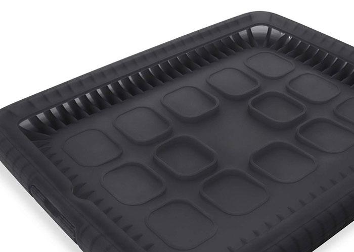 Belkin BLK-F8N611cwC00 iPad2G Kabarcıklı Silikan Şal Siyah Koruma Kılıfı