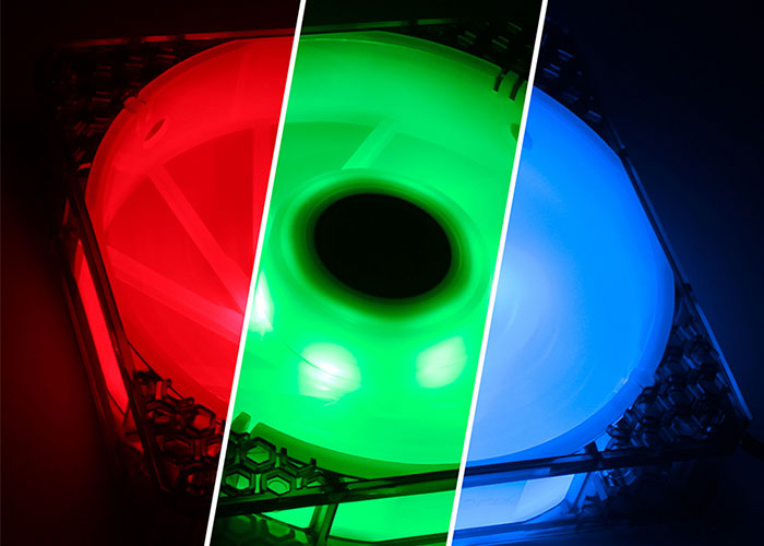 BitFenix SPECTRE PRO RGB 140*140*25mm W/Controller 1200RPM Kasa Fanı